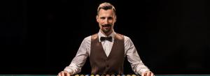 Mengapa Anda Tidak Harus Percayai Dealer Blackjack Anda